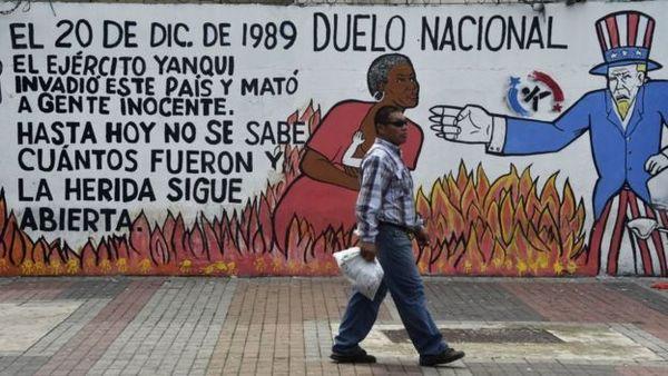 """""""La """"Operación Causa Justa"""" es una herida abierta en Panamá, dice el historiador Víctor Ortiz."""" Getty Images"""