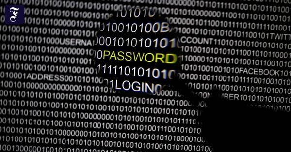Gesetz gegen Hassrede: Bundesregierung will an E-Mail-Passwörter