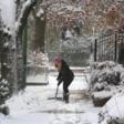 Overnight snowfall threatens Tuesday morning commute