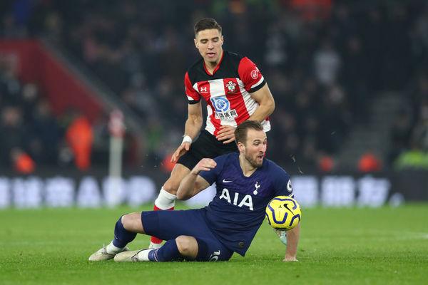 Jan Bednarek i spółka zatrzymali Tottenham Hotspur
