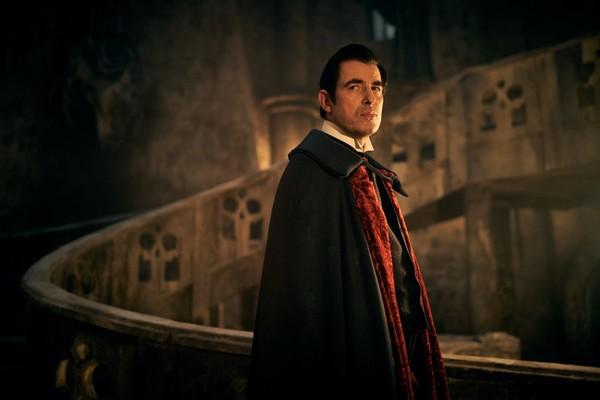 Crítica: 'Drácula', mito en el siglo XXI en Netflix | Juan Galonce