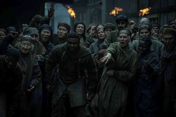 ¿Son intercambiables el primer y el último episodio de 'The Witcher'?