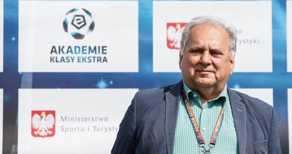 Jarosław Mroczek: Sprzedamy piłkarza za 10 milionów euro [18 min]