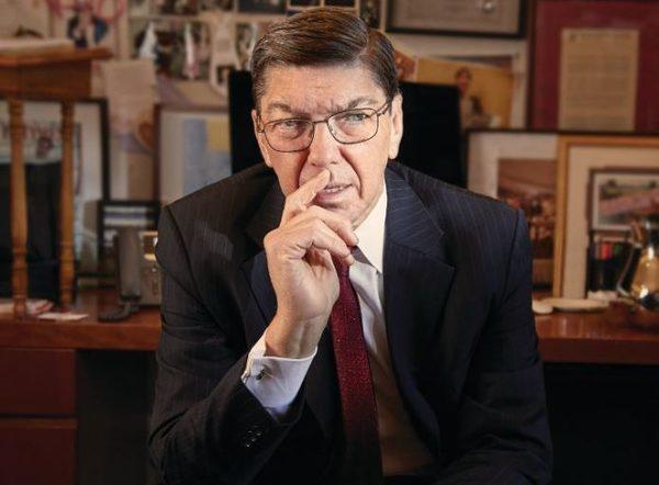 Disruptive Innovation kavramını ilk ortaya atan, Innovator's Dilemma kitabının yazarı HBS profesörü Claytan Christensen hayatını kaybetti. Yazdığı kitap ve makalelerle, verdiği derslerle yeni ekonomiye büyük bir pozitif etki bıraktığı tartışılmaz. - RIP 🙏🏻