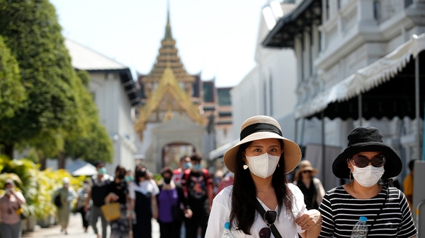 Bezoekers bij het Grand Palace in Bangkok.