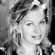 Bas Eenhoorn interviewt schrijfster Annejet van der Zijl