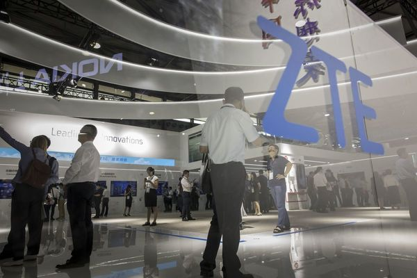 Huawei, ZTE fight to stay off blacklist, as US firms fear ban