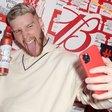 Budweiser flips bottle labels for selfies, social sharing | Mobile Marketer