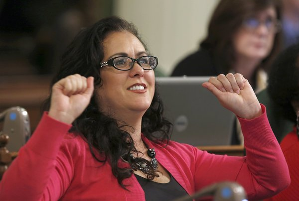 AB5 may ease caps for writers, photographers; more gig-law changes coming