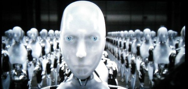Sonny – I, Robot @ Copyright 20th Century Fox