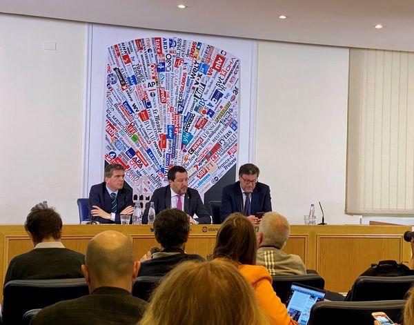Salvini bij de correspondenten