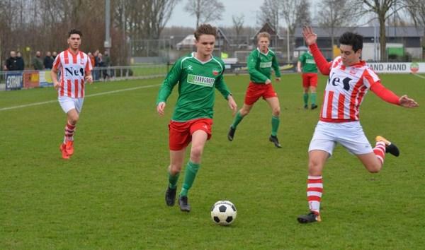 De Alblas-SVW met 0-2 tussenstand gestaakt wegens zweepslag scheidsrechter