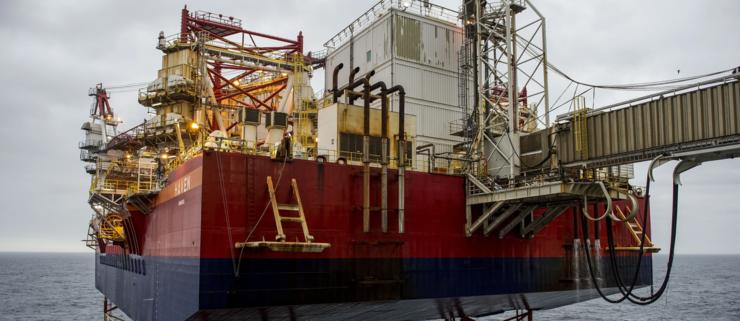 Olieindustri truet af komplet kollaps
