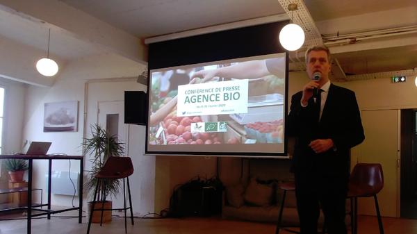 Florent Guhl, directeur de l'Agence Bio, présente les résultats du baromètre de consommation et de perception des produits bio en France