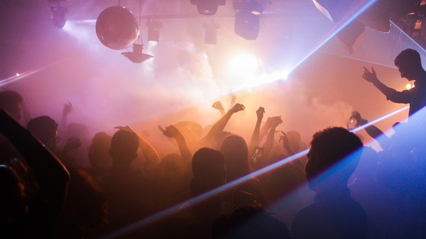 People in China are partying at home via streaming parties due to coronavirus (VICE)