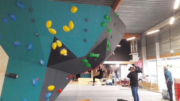 Ouverture de la première salle de bloc en Flandre-Occidentale - Eerste boulderzaal van provincie gaat open