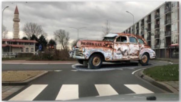Rijden op niks af! Rotondes! (filmpjes) | De Orkaan