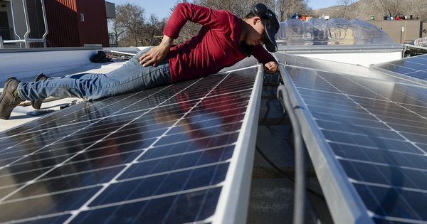 Utah's largest power company and solar advocates fight over rooftop panels
