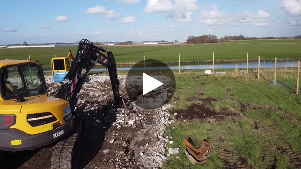 LEIMUIDEN - Construction Villa Bilders (video)