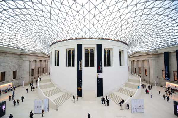 Google Lets You Visit the World's Most Famous Museums From the Comfort of Your Couch
