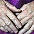 Coronavirus: Pick n Pay stores prioritising elderly shoppers | eNCA