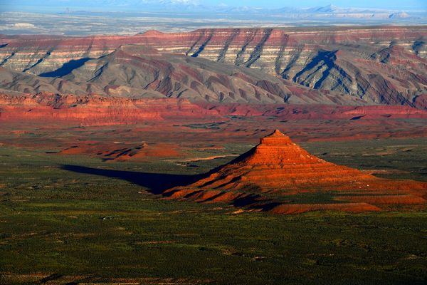 Oil and gas companies want to drill within a half-mile of Utah's best-known national parks