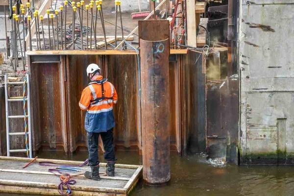 Beatrixbrug krijgt vorm (en naambordje) | De Orkaan