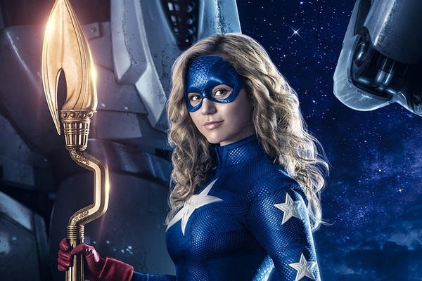 Así es 'Stargirl', la nueva superheroína de DC que llegará a The CW