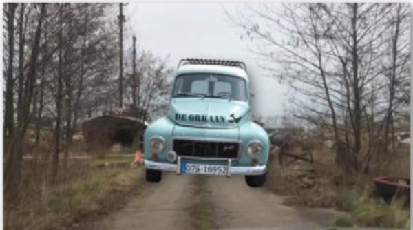 Oude Kalf en Hemmes: Rijden op niks af! (Filmpjes) | De Orkaan