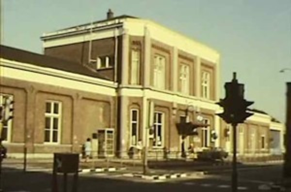 Station Zaandam: 50 jaar geleden (filmpje & melkboerbonus) | De Orkaan