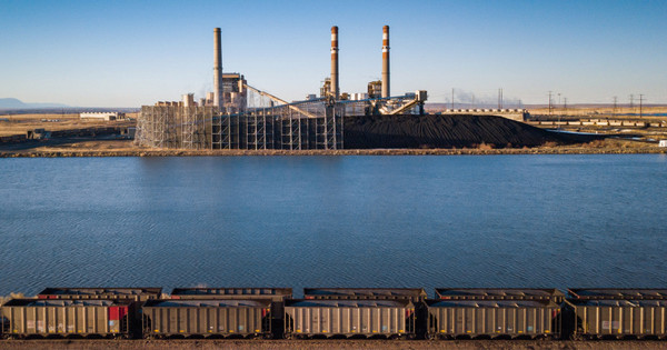 The closure of Colorado coal-fired powerplants is freeing up water for thirsty cities