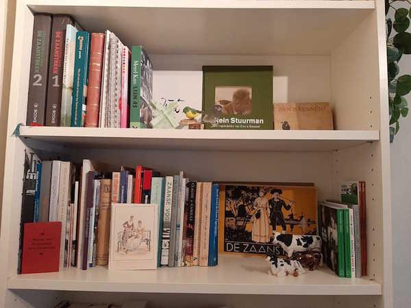 Zaanse boekenplankenverzameling groeit! | De Orkaan