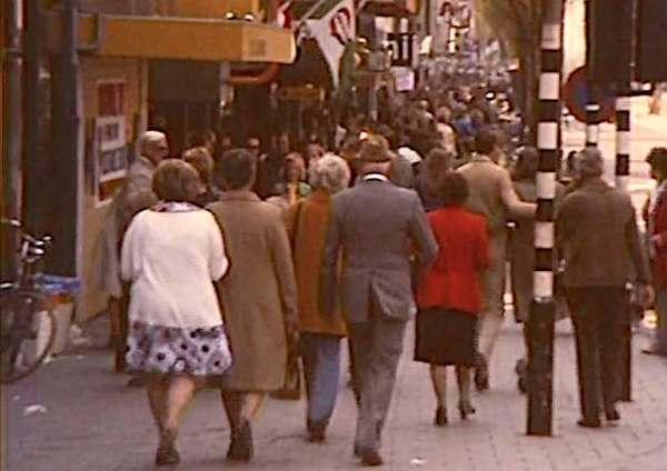Bomvol op de Gedempte Gracht (filmpje, 1970) | De Orkaan