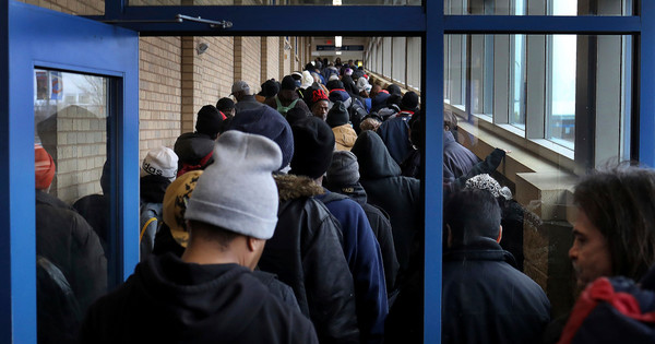 These Photos Show the Staggering Food Bank Lines Across America – Mother Jones