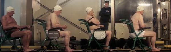 Human carwash (fragment uit de video Zorg een zorg)