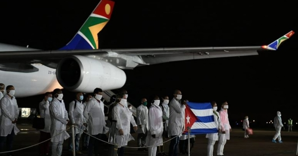 Cuban doctors not here to take jobs: Mkhize | eNCA