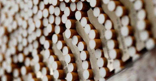 SA lockdown: Sale of cigarettes, alcohol still prohibited | eNCA