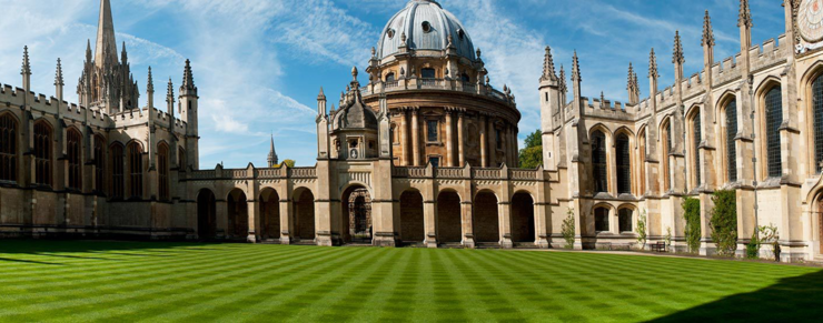 Oxford bukker under for studenterpres