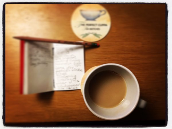 "Martin Lindeskog🗽🌐💎☕️🍵🙃 on Twitter: ""Taking notes 📝, during a smartphone conversation with @CarinCoach. ✅📲✍🏻📕👥🚪🖥🔛⛩💡☝🏻🤝✌🏻💲🎧🎙😎 @TeaVersusCoffee tea coasters, @SilvineOriginal notebook and Palomino ForestChoice pencil (purchased from @Nerosnotes), and @dilmah's Assam black tea.… https://t.co/9audwVM6cJ"""