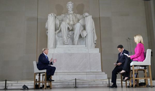 De town hall meeting van Fox News (foto: Reuters)