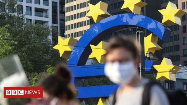 German court criticises European Central Bank crisis bond-buying