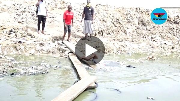Man falls in Chemu Lagoon after improvised bridge failed him