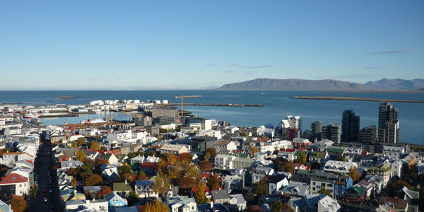 Nearly 40% of Icelanders are using a covid app—and it hasn't helped much | MIT Technology Review