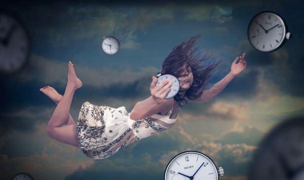 Karantinada Her Gün Farklı Şeyler Yaparak Zamanı Yakalayabiliriz Belki?