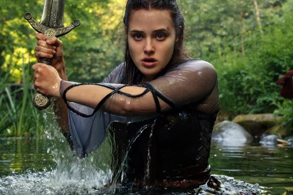 Qué es 'Maldita', la nueva serie juvenil de fantasía de Netflix
