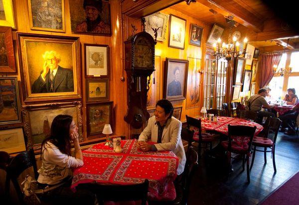 Volendams icoon Art Hotel Spaander failliet | Het Parool