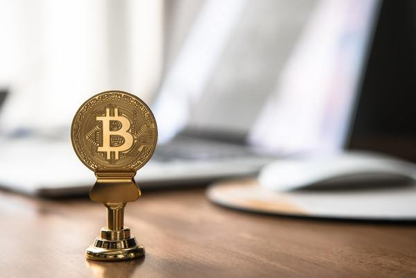Africa's crypto boom defies regulatory and infrastructural tightropes