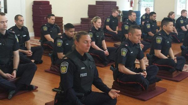 Police Officers Get Their Serenity On, Meditate Before Hitting Streets | HuffPost