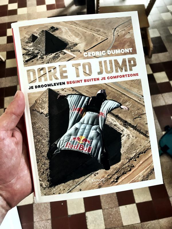 Dare To Jump. Als ge thuis blijft zitten, maakt ge niets mee.