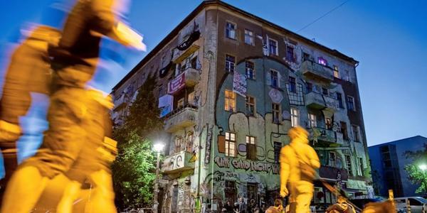 Liebigstraße 34: Besetzer müssen das Haus räumen